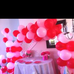 Love this ballon arrangement for my girls party! Wright Creations Party Decorations Balloons www.facebook.com/wrightj1025 772-924-9501