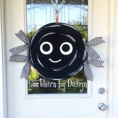 Silly SPIDER for HALLOWEEN  - Wooden Door Hanger - Holiday Decor, Spooky, Spider, Halloween Decor