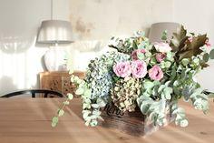 La nueva casa de Sara Carbonero en Oporto con muebles Kenay Home - centro de flores