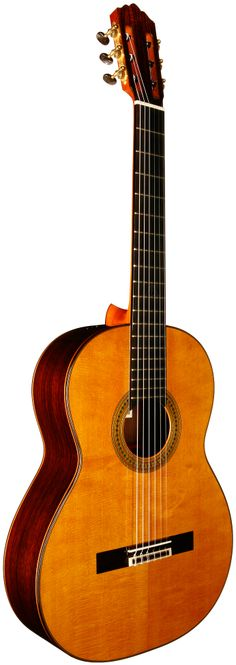 2012 Robert Ruck concert classical guitar. Spruce top with Indian Rosewood back and sides.