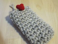 iPhone Case Crochet Special Valentine by yorokobiness on Etsy, €18.00