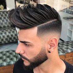 30 High Fade Pompadour Hairstyle Worth Watching in 2019 Mens Hairstyles Pompadour, Mens Modern Hairstyles, Mens Hairstyles 2018, Cool Hairstyles For Men, Cool Haircuts, Hairstyles Haircuts, Haircuts For Men, Haircut Men, Trending Hairstyles