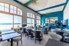 Salle de petit déjeuner vue sur mer Hotel Kyriad Saint Malo Plage