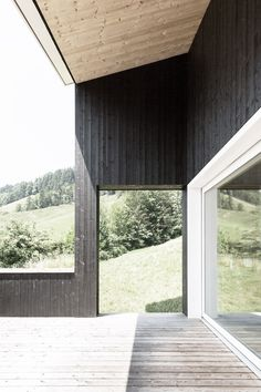 Christian Bühlmann - Holiday homes, Ennetbühl Photos © Beat Bühler. Green Architecture, Architecture Details, Alpine Modern, House By The Sea, Building Materials, Building A House, Minimalism, Christian, Holiday