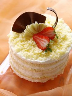 ❥ In season - strawberry & cream cake