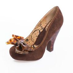 7348c00f08d7 Miss L Fire Tartaruga Pumps w Tortoise Shell Bow 50s Outfits
