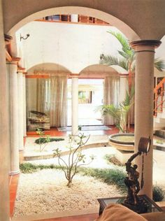 It would be so cool to have a courtyard like this in the middle of the house! Traditional courtyard from Kerala, India