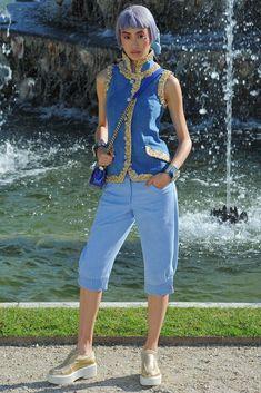 Chanel Resort 2013 Fashion Show - Shu Pei Qin