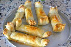 Pastéis de maçã e nozes Cheesecakes, Comida Diy, Pound Cake Recipes, Portuguese Recipes, Dessert Recipes, Desserts, Diy Food, Hot Dog Buns, Bakery
