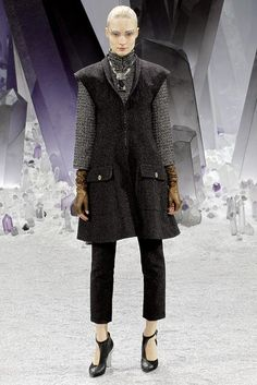 Chanel | Fall 2012 Ready-to-Wear Collection | Vogue Runway