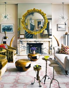 Pins of the week 12.06.15: Decorating tips you can use in every room from interior styling maestro Carlos Mota.  Pin it.