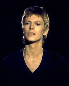 David Bowie, 1977.