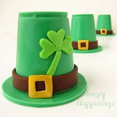 Hungry Happenings: Candy Leprechaun Hats filled with Sweet Surprises for St. Chocolate Chip Cupcakes, Chocolate Pots, How To Make Chocolate, Homemade Chocolate, Mint Chocolate, Chocolate Making, Mousse, Edible Crafts, Food Crafts