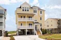 SURFSIDE RETREAT - 7 bedrooms, 6.2 baths on the Buxton ocean front near the Cape Hatteras Lighthouse