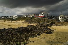 Storm Brewing by paul2210, via Flickr
