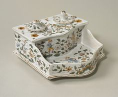 Inkstand, Tin-glazed earthenware. Coop-Hewitt National Museum.
