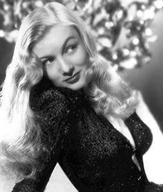 Best Pin Up of WW II: Susan Hayward vs Veronica Lake (Round 2) - Armchair General and HistoryNet >> The Best Forums in History