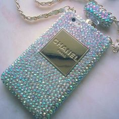 New Chic Luxury Fashion Bling All Rhinestones Perfume Bottle Mobile Cell Phone Case Cover for iPhone 4s 5s 6 plus Samsung - Casemoda | Pinkoi - Come check out our luxury phone cases. Different styles for every type of personality!