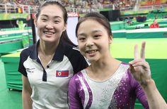 韓国の女子体操選手、北朝鮮選手との自撮りの反響に「びっくり」 #体操 #リオ五輪