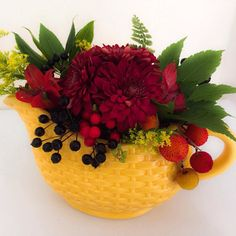 great vancouver florist WWW.FLOWERLUXURY.COM #flowerluxury #vancouver #freshflowers #floweroftheday #instagood #nature by @flower_luxury  #vancouverflorist #vancouverflorist #vancouverwedding #vancouverweddingdosanddonts