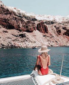 Sailing around Santorini. Bikini: mime swim // // by elsa's wholesome life Summer Vibes, Summer Feeling, Wanderlust Travel, Photography Beach, Greece Photography, Summer Of Love, Summer 2016, Beach Bum, Strand