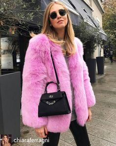 Chiara Ferragni @Regrann from @chiaraferragni - On Fridays we wear pink  #ItalianDays #Regrann