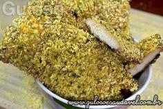 #BomDia! Quer um #almoço delicioso e fácil? Este filé de Frango Empanado com Flocão de Milho tem sabor inesquecível, é crocante, assado, super saudável!  #Receita aqui: http://www.gulosoesaudavel.com.br/2013/10/31/frango-empanado-flocao-milho/
