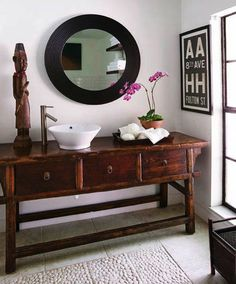 Love the floor and the vanity in this bathroom