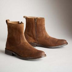 OLIVER SHORT SUEDE BOOTS BY FRYE