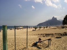 Río de Janeiro - Brasil   La playa de Leblon, otra buena opción para disfrutar de Rio   http://riodejaneirobrasil.net
