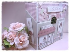 My Favorite Crafty Things: Stencils & Embossing Paste Album Photo Original, Baby Mini Album, Photos Originales, Scrapbook Albums, Craft Videos, Projects To Try, Decorative Boxes, Paper Crafts, Gift Wrapping