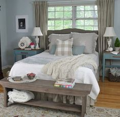 Farmhouse Master Bedroom Decorating Ideas (11)