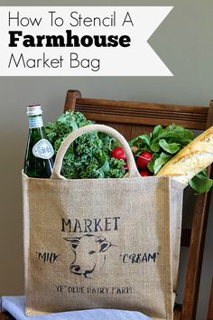 This adorable farmhouse market bag is perfect for trips to the grocery store. A 10 minute DIY home decor stenciling project with detailed instructions. Handmade Home Decor, Diy Home Decor, Craft Tutorials, Diy Projects, Decor Crafts, Diy Crafts, Jute Bags, Market Bag, Grocery Store