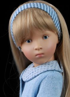 Up for Auction is This Amazing Sylvia Natterer & Gotz Doll Alenior. She is very sweet & is in perfect condition. She is missing her box but she has her tags. She has silky long blonde hair & blue hand