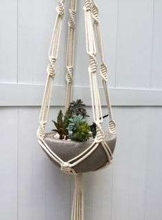vase holder, handmade using macrame technique. Macrame Design, Macrame Art, Macrame Projects, Macrame Knots, Macrame Plant Hanger Patterns, Macrame Plant Holder, Macrame Patterns, Hanging Planters, Diy Hanging