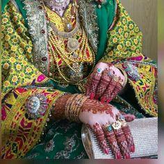 Balochi Girls, Girls Dpz, Afghani Clothes, Balochi Dress, Afghan Wedding, Afghan Dresses, Stylish Dpz, Bridal Heels, Stylish Girls Photos