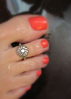 Toe Ring  Silver Sunflower Coin Stretch Bead by FancyFeetBoutique, $5.25