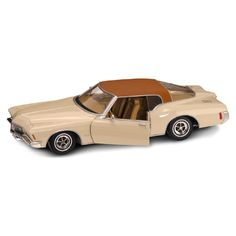 1971 Buick Riviera 1:18 Scale Die-Cast Vehicle