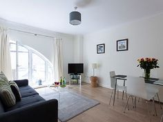 City of London Financial District apartment rental