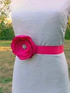 Fuchsia Hot Pink Wedding Sash Belt... Bridesmaids, Flower girls sash, great for prom, ball, portraits...