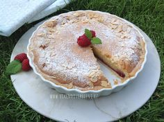Křehký mandlový koláč Pancakes, Cheesecake, Breakfast, Food, Morning Coffee, Cheesecakes, Essen, Pancake, Meals