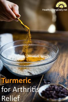 Turmeric boasts more than just anti-inflammatory benefits. Here are 10 ways the effect of turmeric and curcumin can be beneficial to your health. Turmeric Facial, Turmeric Water, Turmeric Face Mask, Getting Rid Of Bloating, Turmeric Extract, Turmeric Health Benefits, Spices And Herbs, What Happened To You, Diy Skin Care