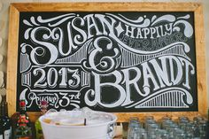 LOVE the font on this chalkboard!