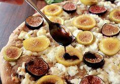 The Bojon Gourmet: Fresh Fig Flatbread with Goat Cheese and Arugula Fig Flatbread, Goats Cheese Flatbread, Goat Cheese, Bojon Gourmet, Balsamic Reduction, Fresh Figs, Yummy Snacks, Food Photo, Appetizers
