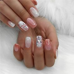 Summer Pink Nails Give Light, almost no smell we only apply organic texture to protect your health. Red Sparkly Nails, Pink Glitter Nails, White Nails, Glitter Art, Silver Glitter, Perfect Nails, Gorgeous Nails, Pretty Nails, Sexy Nail Art