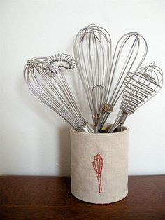 Utensil Holder #DIY #kitchentips