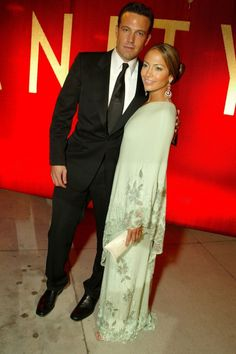Jennifer Lopez In Valentino With Ben Affleck At The Oscars 2003