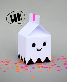 Looking for a silly little ghost to deliver your sweet treats? Here is a super cute craft to help you do just that! Ghost treat boxes by minieco