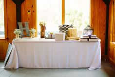 Red Fly Studio.  Simply Southern Events.