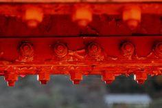 red iron bridge / detail
